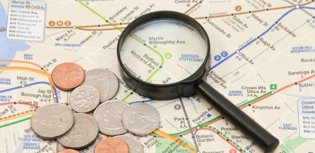 mapa e moedas